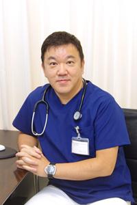 院長 伊藤 友博